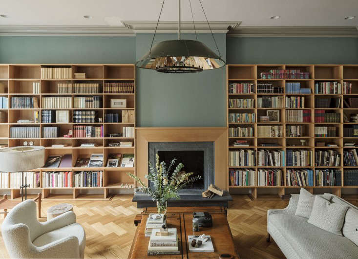 A bespoke parlor and kitchen in boerum hill remodelista for Farrow and ball los angeles
