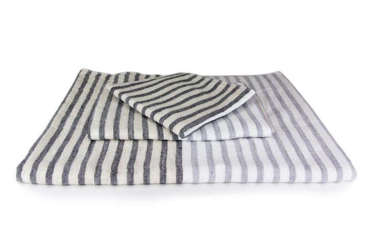 Yoshi-linen-border-towel-Rikumo-Remodelista