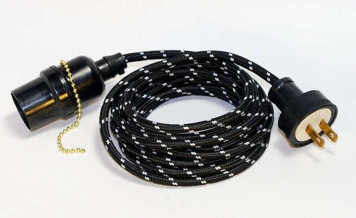 Zangra-Lighting-Cable-Black-Zig-Zag-Remodelista