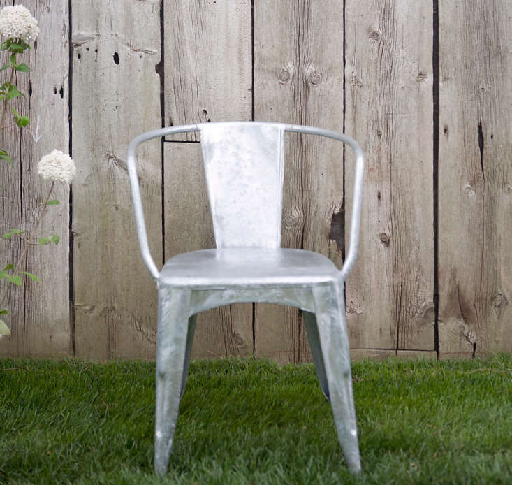 Zinc-Cafe-Chair-Terrain