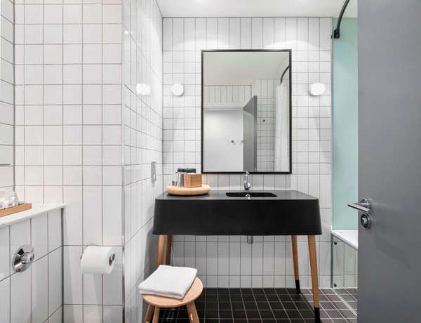ace-hotel-black-bath-remodelista