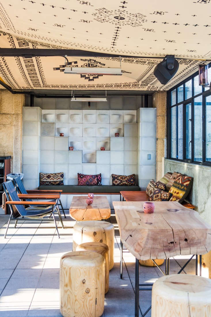 ace-hotel-rooftop-lounge-remodelista-22