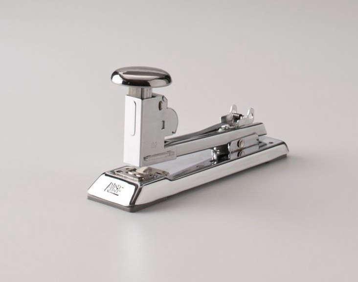 ace-pilot-stapler-schoolhouse-electric-Remodelista-2