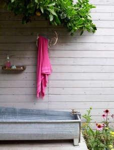 Alexandra Angle Hot Pink Towel/Remodelista