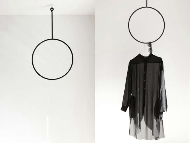 analeena-home-round-hanger