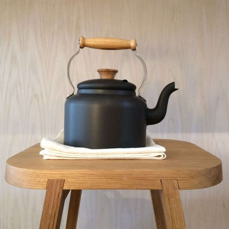 another-country-tea-kettle-remodelista
