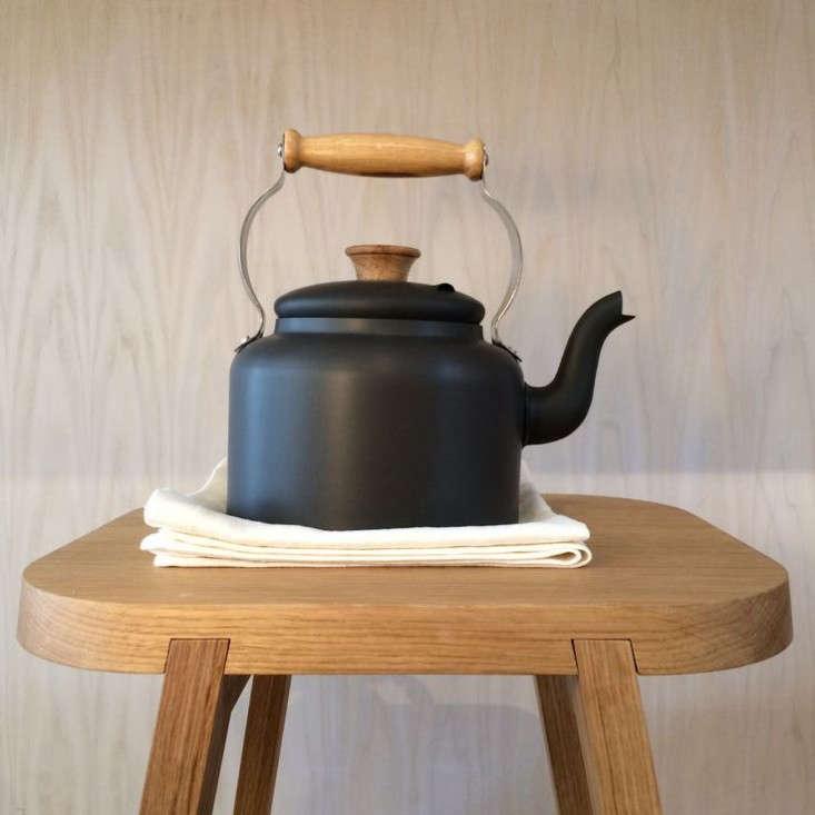10 Easy Pieces Classic Teakettles Remodelista