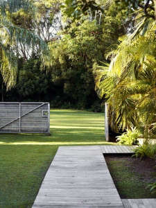 Atlantic-Byron-Bay-Gate-Remodelista