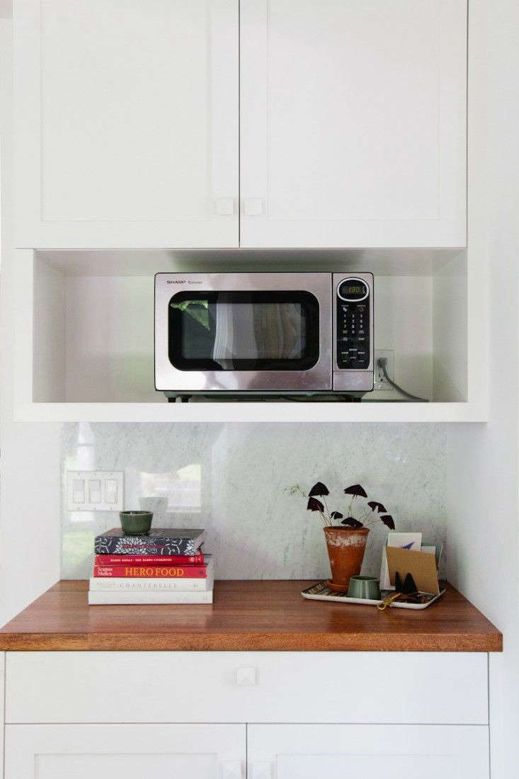 Where To Put Microwave In Small Kitchen - Kitchen Design Ideas