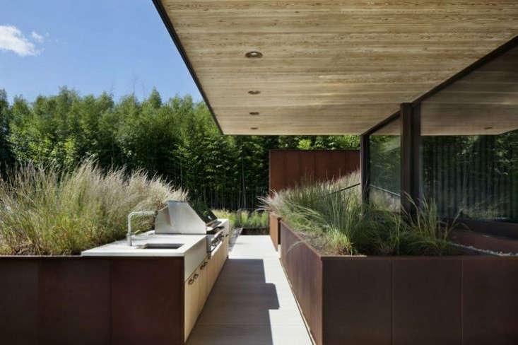 bates-masai-outdoor-kitchen-remodelista