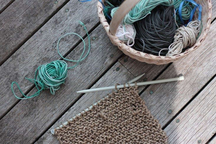 beach twine knits by Marnie Campbell, photo by Justine Hand, twine hot pad