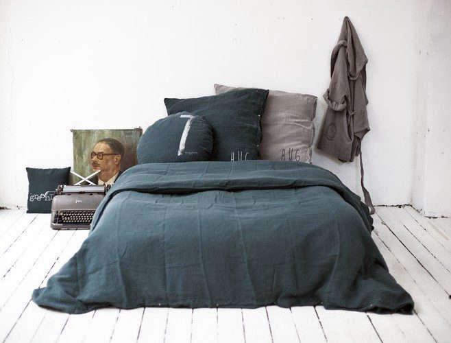 bed-philosophy-gray