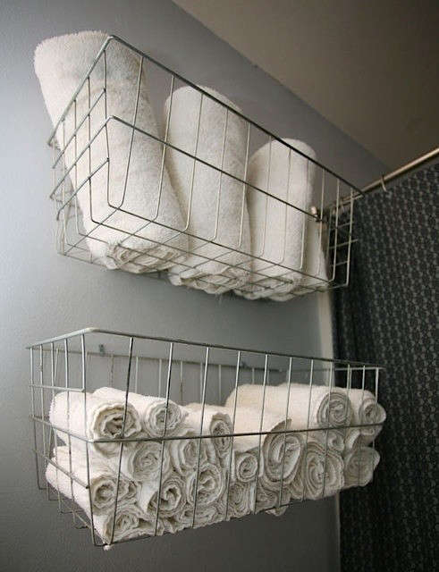 bike-baskets-towel-storage-remodelista