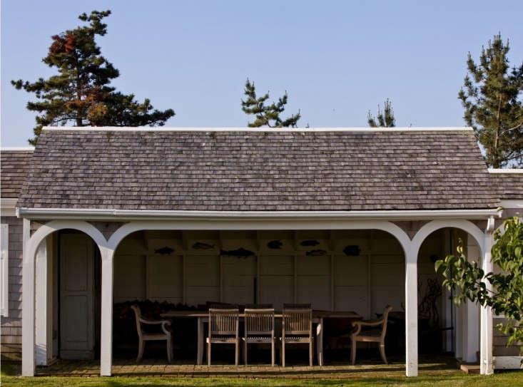 brewster-outdoor-dining