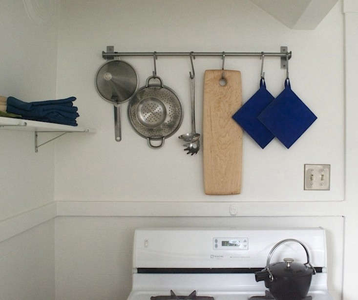 bright-blue-potholders-remodelista