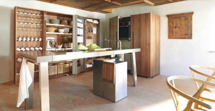 15 storage ideas to steal from high end kitchen systems - Cocinas ocultas ...