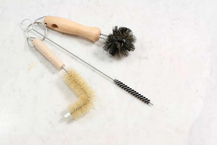 burstenhaus-redecker-wash-basin-brush-remodelista