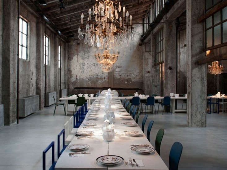 Raw yet refined carlo e camilla in milan remodelista for Crystal bar milano