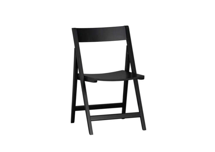 crate-and-barrel-spare-black-folding-chair-remodelista