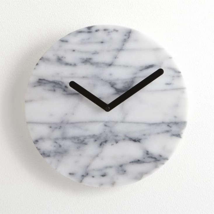 crate-barrel-marble-clock-remodelista