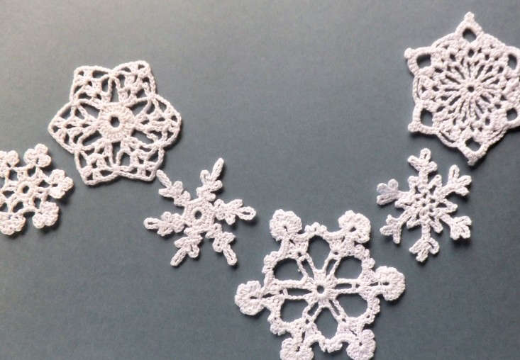 crocheted snow flakes by Eljuks, Remodelista