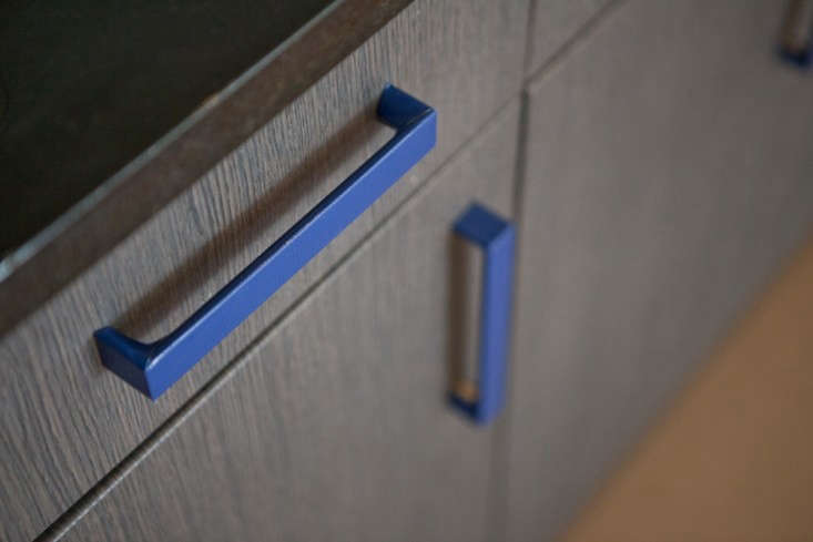 dale-saylor-blue-cabinet-pull
