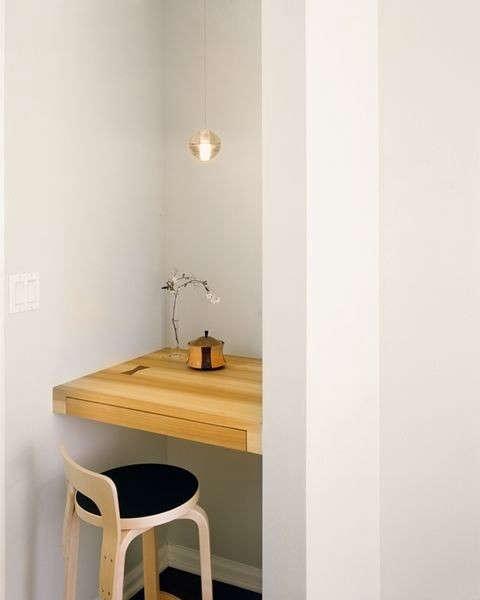 desk-of-lola-small-desk-remodelista