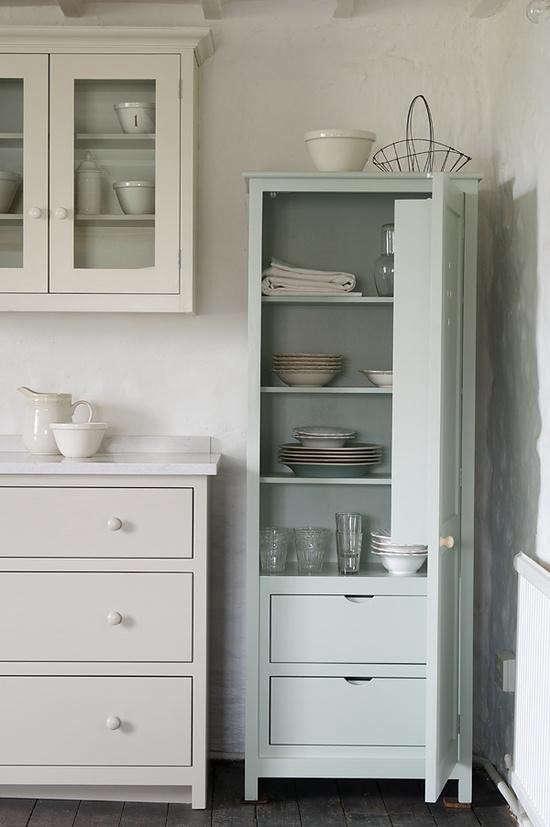 devol-kitchen-shaker-cabinet
