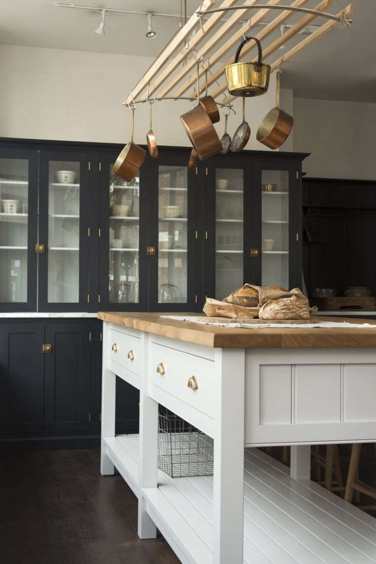 devol 39 s new kitchen showroom in london remodelista. Black Bedroom Furniture Sets. Home Design Ideas