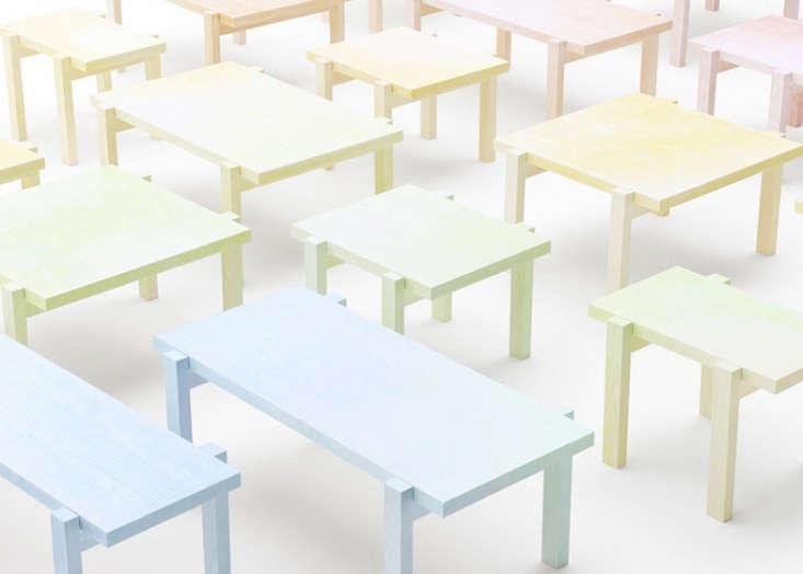 dezeen_Colored-pencil-table-by-Nendo-2
