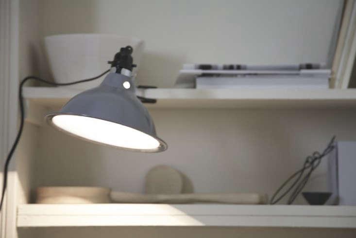 diy-painted-clip-lamp-remodelista-8