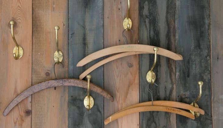 durslade-bedroom-hangers