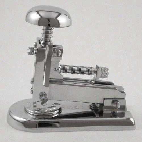 el-casco-stapler-chrome-remodelista
