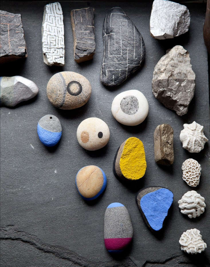 eve-ashcraft-painted-stones-remodelista-1
