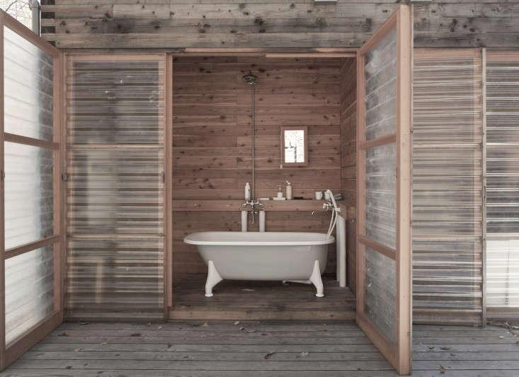 extended-kobayashi-residence-bathroom-dean-kaufman-remodelista