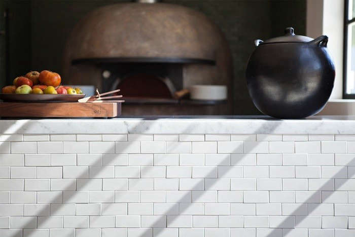farmshop-white-tile-remodelista