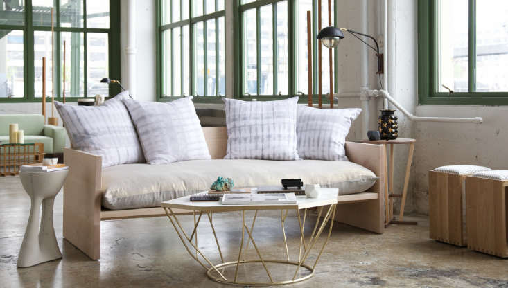 farrah-sit-rebecca-atwood-maple-sofa-remodelista-1