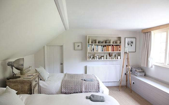 forest-house-sussex-guest-room