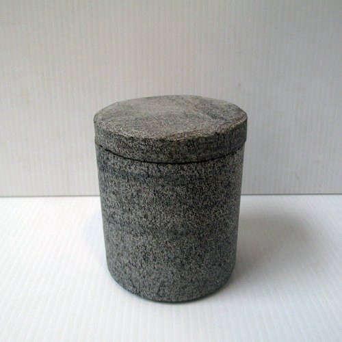 forgotten-stoneworks-urn-remodelista