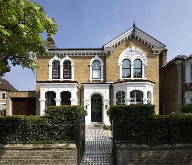 found-associates-front-house-chiswick