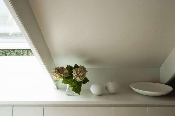 garage-studio-apartment-10-by-Karin-Montgomery-Spath-Remodelista