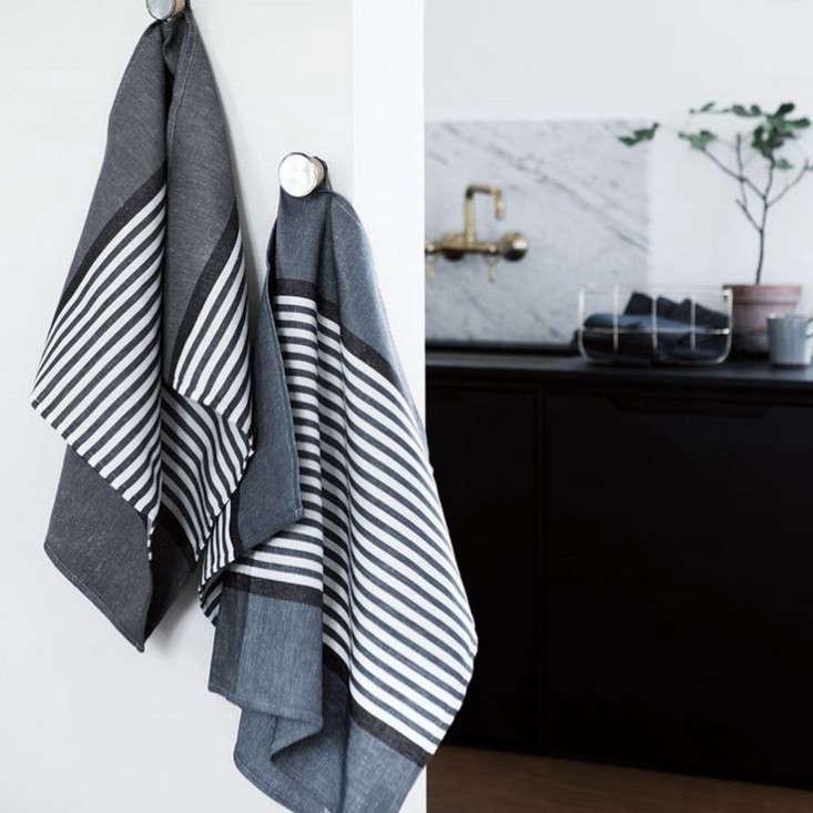 11 scandi kitchen essentials high to low remodelista. Black Bedroom Furniture Sets. Home Design Ideas