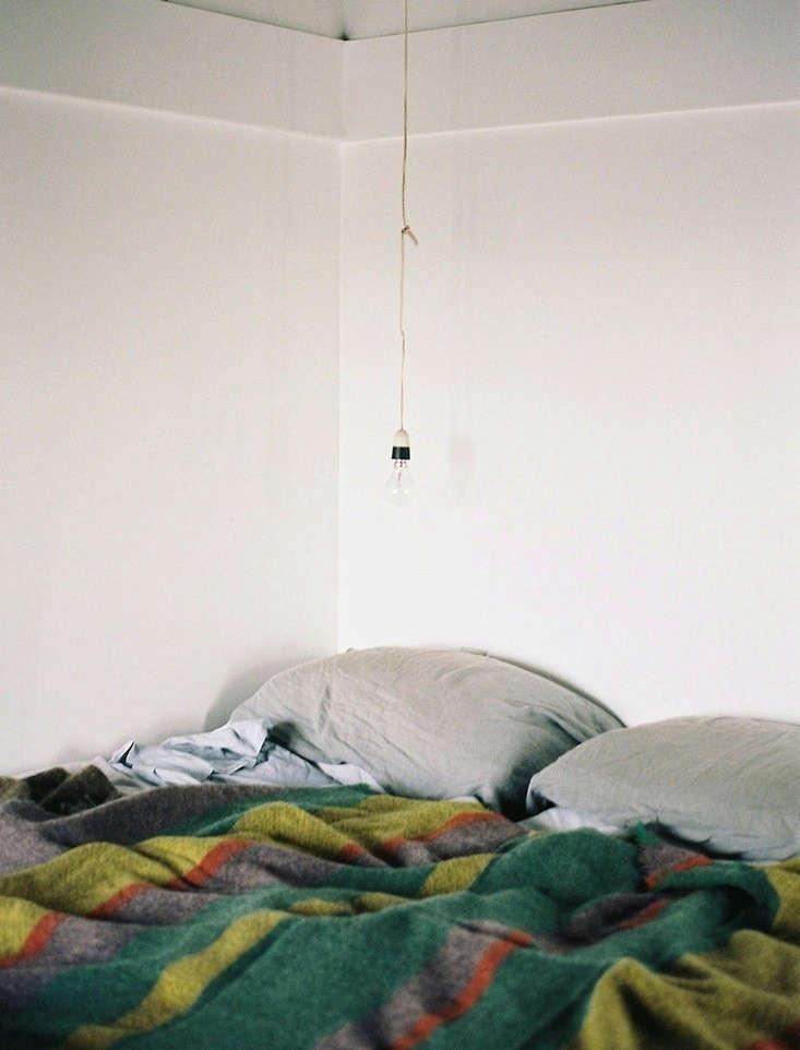 godmother-stansborough-wool-blanket-remodelista-3