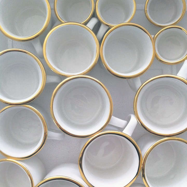 gold-rimmed-cups-remodelista