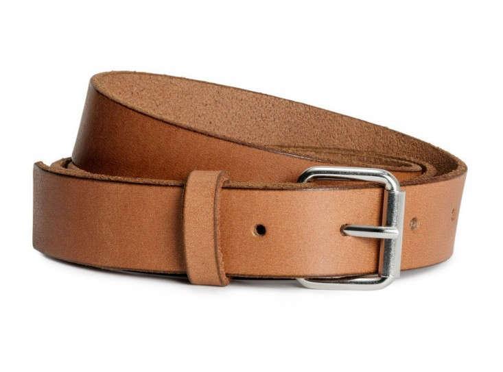 Diy ikea clock with leather belt hanger remodelista for Ikea belt hanger