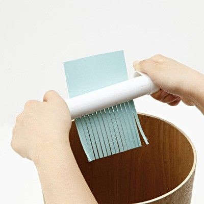 how to clean a sticky paper shredder