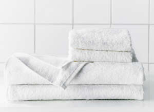 Haren White Bath Towel from Ikea | Remodelista