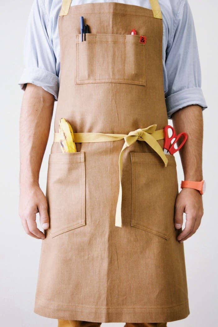 hedley-bennett-apron-chestnut-remodelista