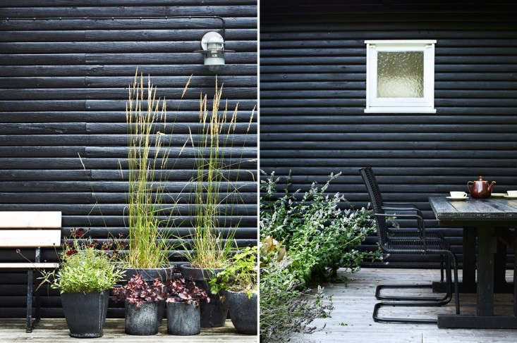 hilary-robertson-remodelista-black-outdoor-dining-table