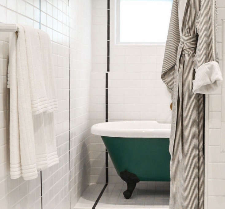 hotel-covell-bath-remodelista-10